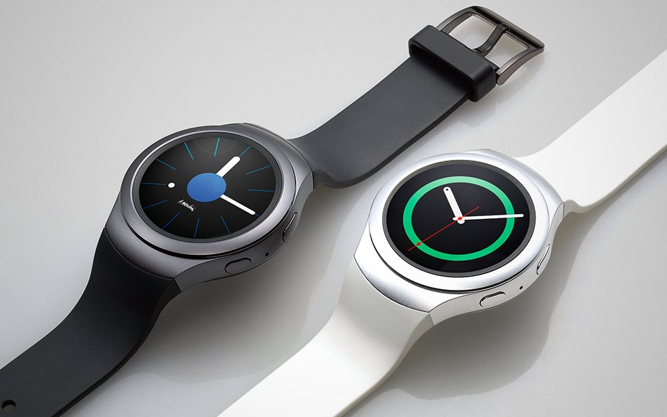 Samsung Gear e Fit si accoppiano anche con iPhone